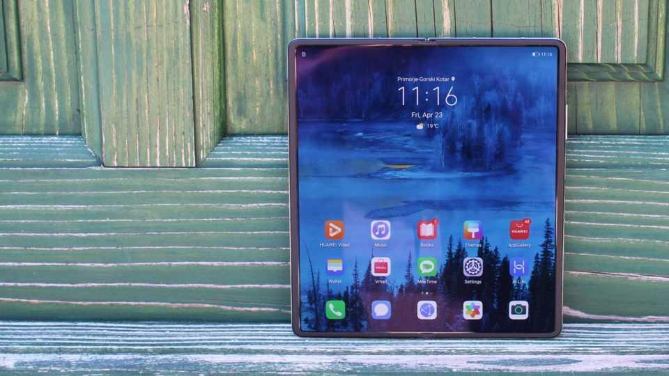 Самые интересные смартфоны первой половины 2021 года (huaweis mate x2 is a gorgeous foldable phone most people sho 26w5.960)
