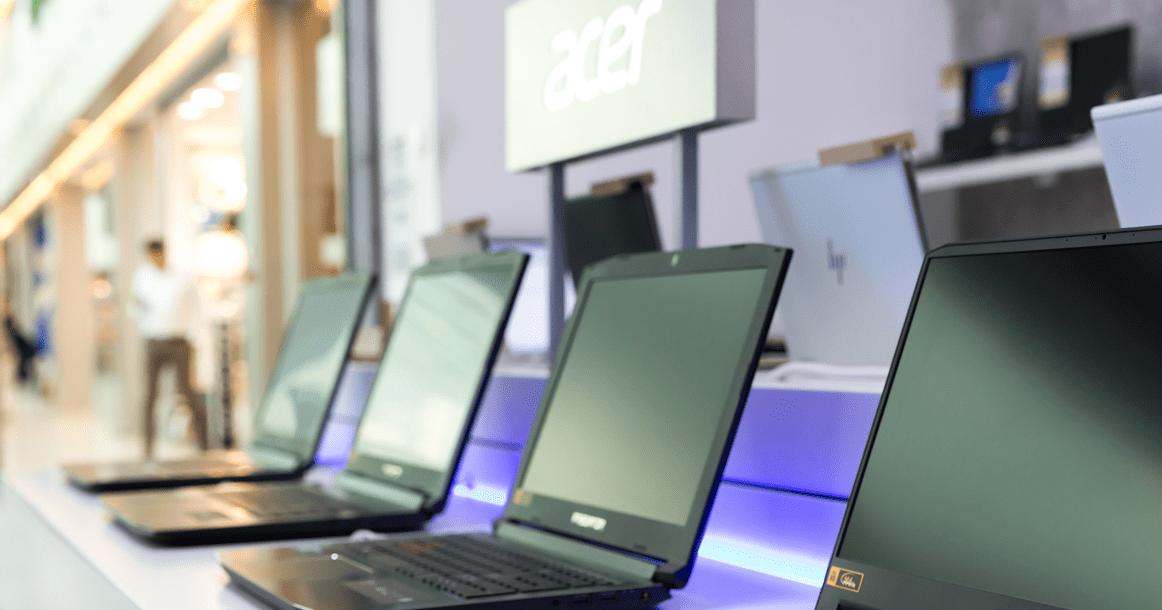 Acer открыла свой первый в России офлайн-магазин (shutterstock 1392854861)