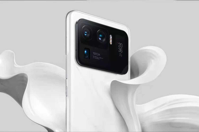 Xiaomi представила в России серию Mi 11 и Mi Smart Band 6 (xiaomi mi 11 ultra 4.jpg 17 43 14 539)