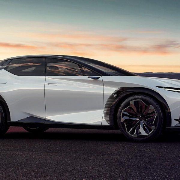 Серийный автомобиль Lexus LF-Z появится через 14 месяцев (2021 lexus lfz 0015)