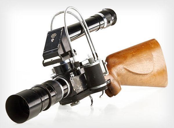 Фотокамеру Leica, которая была в космосе, и фоторужьё продадут на аукционе (image)