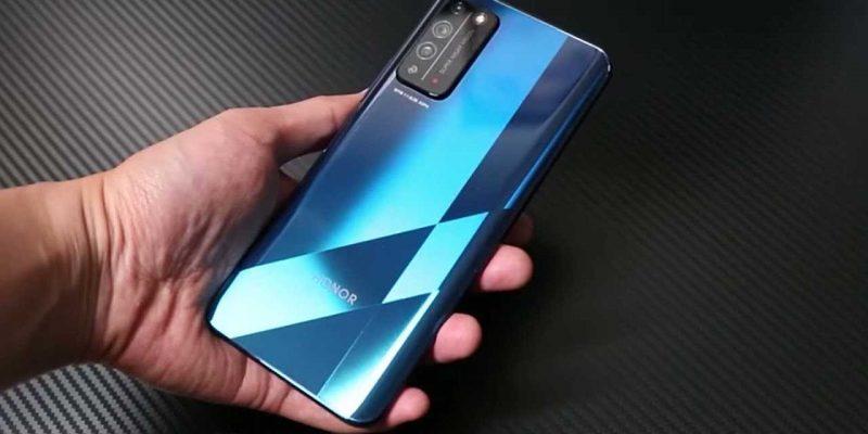 В сеть опубликовали живое фото смартфона Honor X20 с Dimensity 1200 (maxresdefault 1)