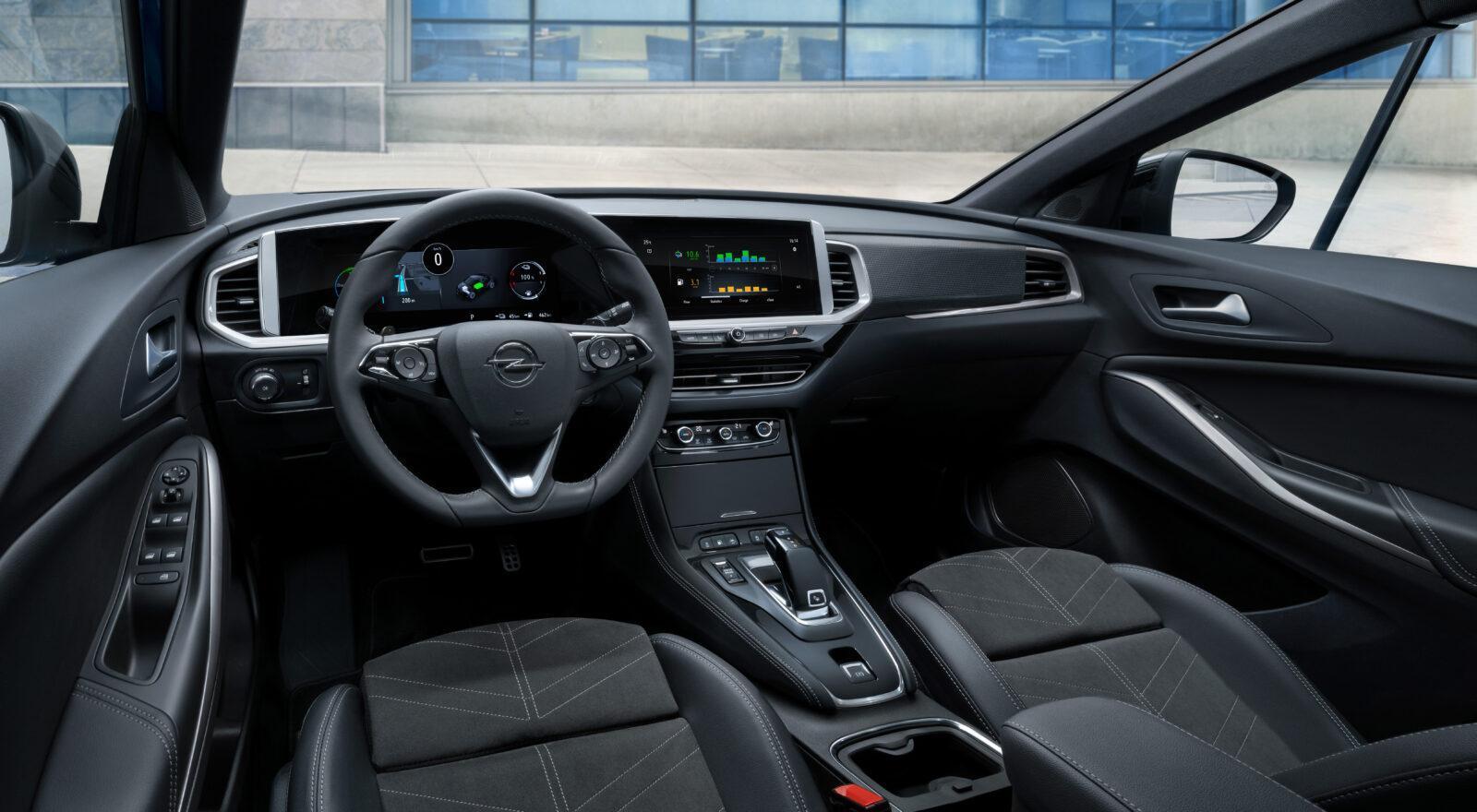 Opel сделала новый электромобиль Grandland - смелый дизайн и передовые технологии (novyj opel grandland 11)