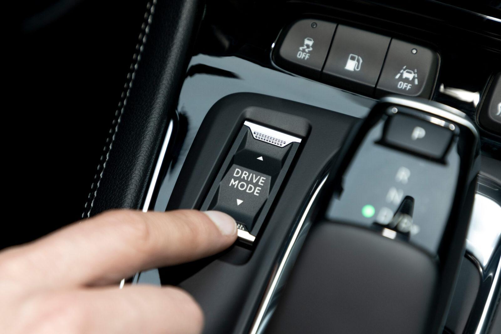 Opel сделала новый электромобиль Grandland - смелый дизайн и передовые технологии (novyj opel grandland 13)
