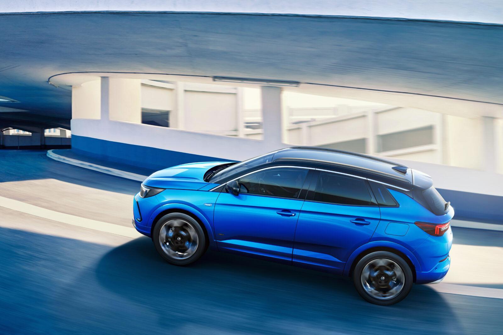 Opel сделала новый электромобиль Grandland - смелый дизайн и передовые технологии (novyj opel grandland 2)