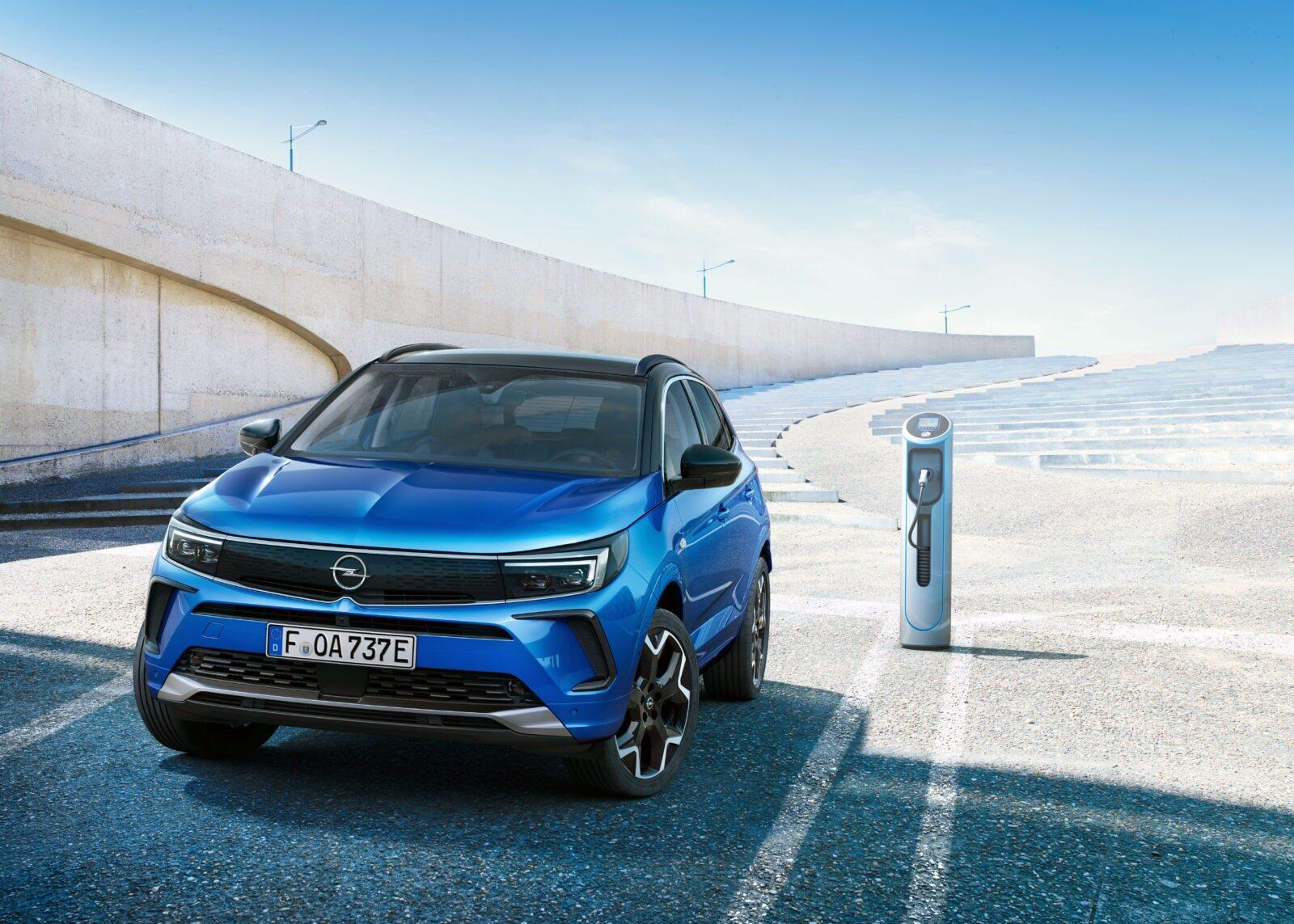 Opel сделала новый электромобиль Grandland - смелый дизайн и передовые технологии (novyj opel grandland 5)