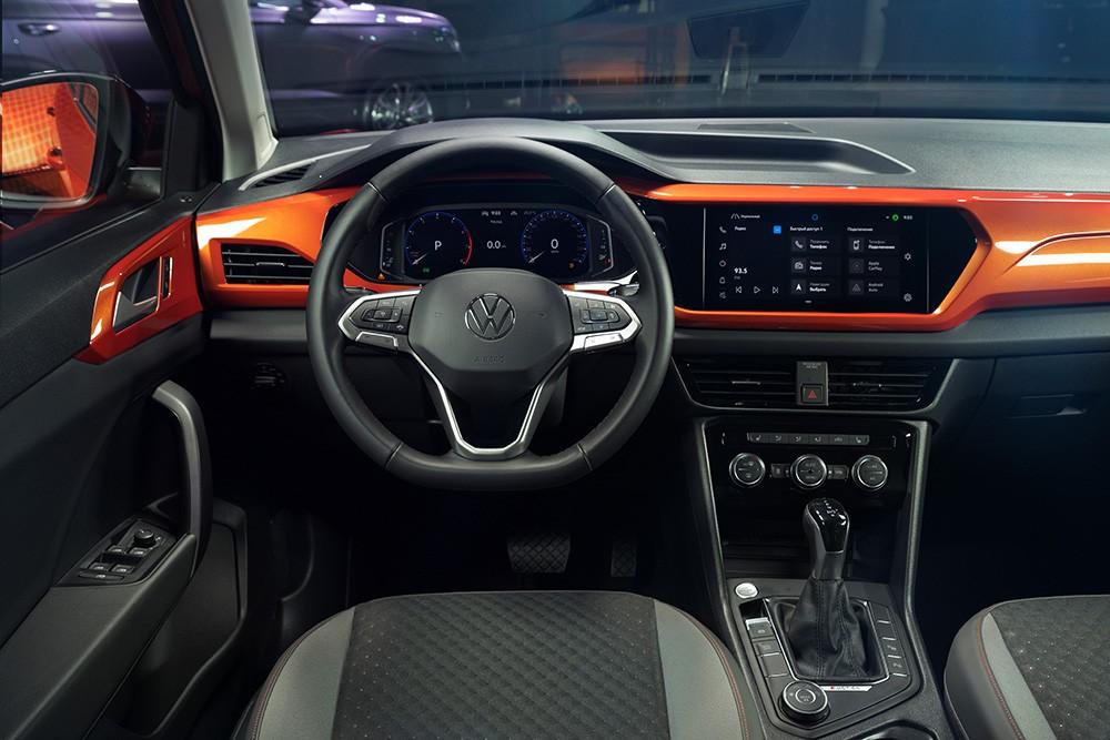 Volkswagen представил новый внедорожник Taos в России (volkswagen taos interior 1)