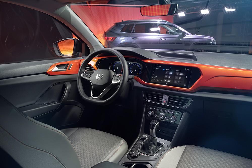 Volkswagen представил новый внедорожник Taos в России (volkswagen taos interior 2)