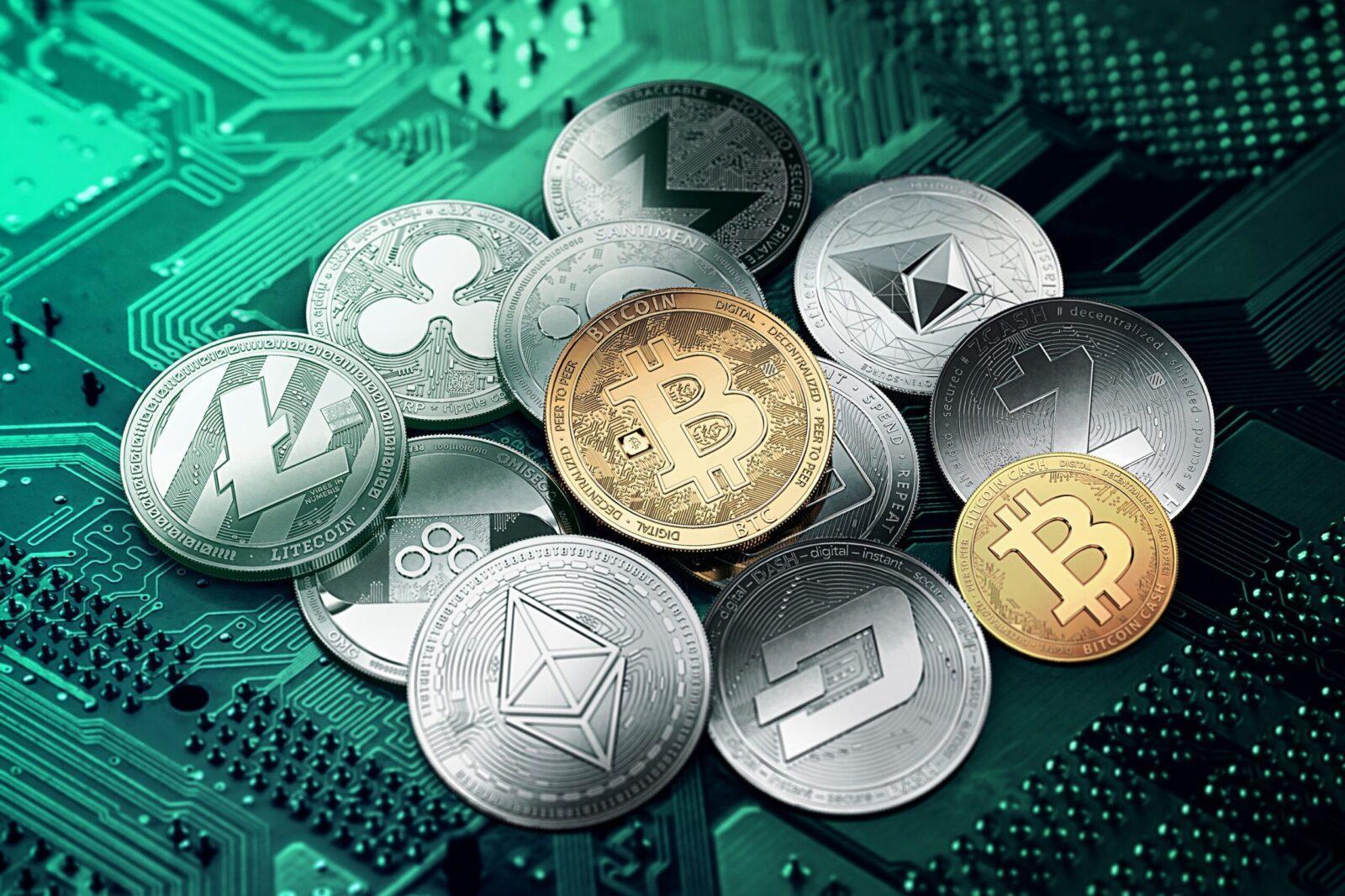 В России готовят закон о конфискации криптовалюты (61359574e7af216fd98f33b7fbe large scaled)