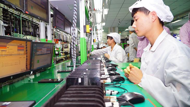 Xiaomi строит завод по производству смартфонов, где люди не будут нужны (765428)