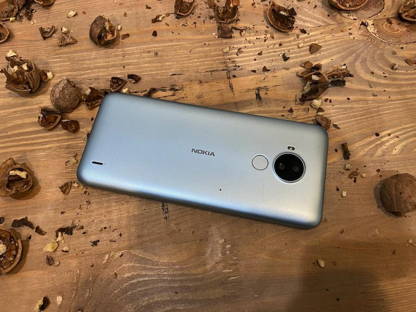 Nokia представила бюджетный смартфон под названием C30