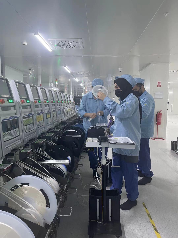 OPPO запускает новый завод в Турции (factory inside2)