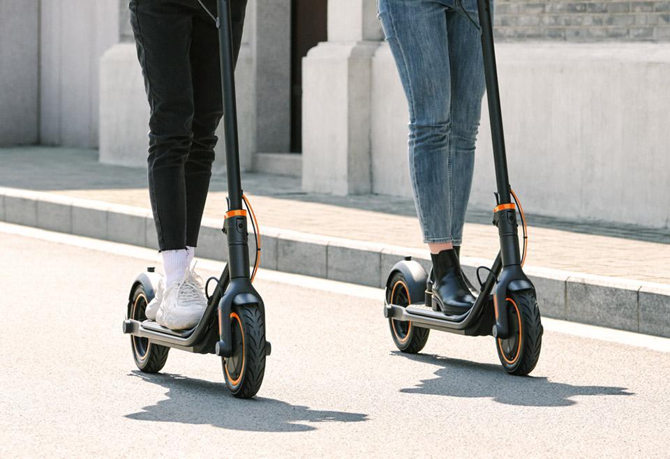 Вышел Segway-Ninebot Kickscooter F40: стильный и мощный городской электросамокат (fs ride mobile)