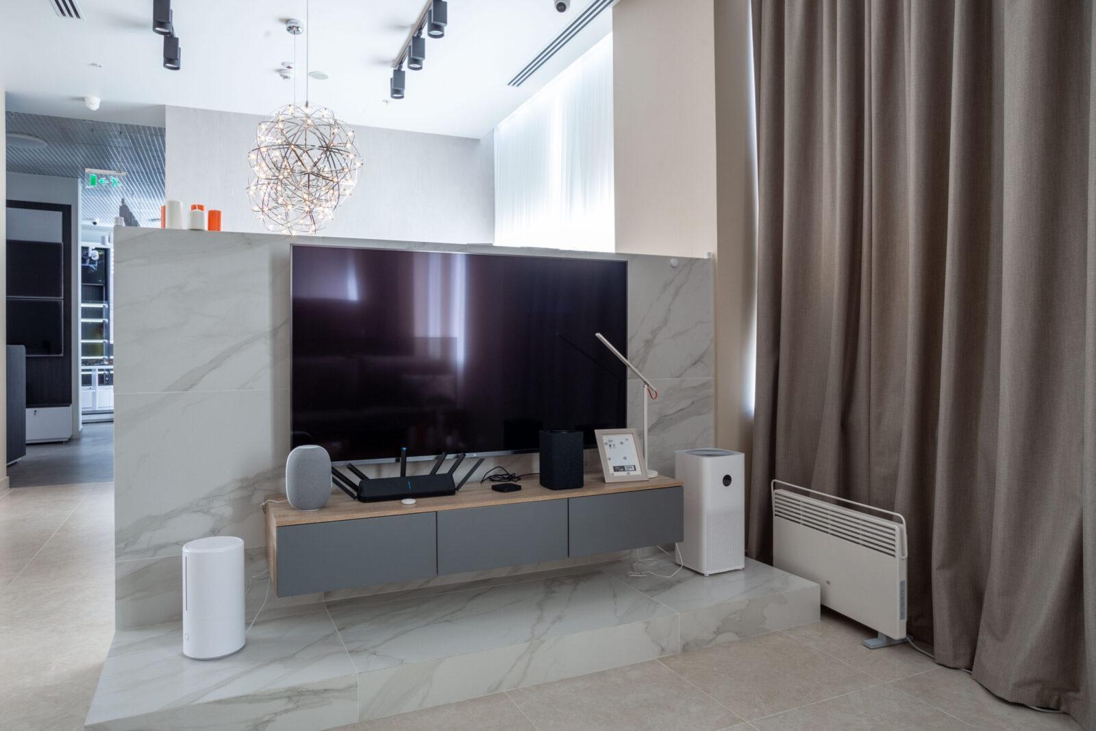 Xiaomi открыла в Москве пространство с умной техникой для дома (img 7973 hdr scaled)