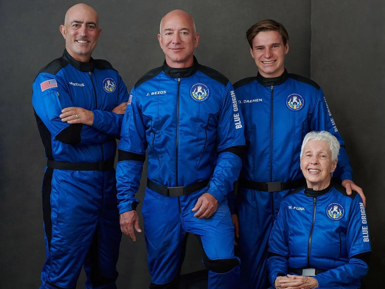 Джефф Безос отправляется в космос: прямая трансляция (komanda)