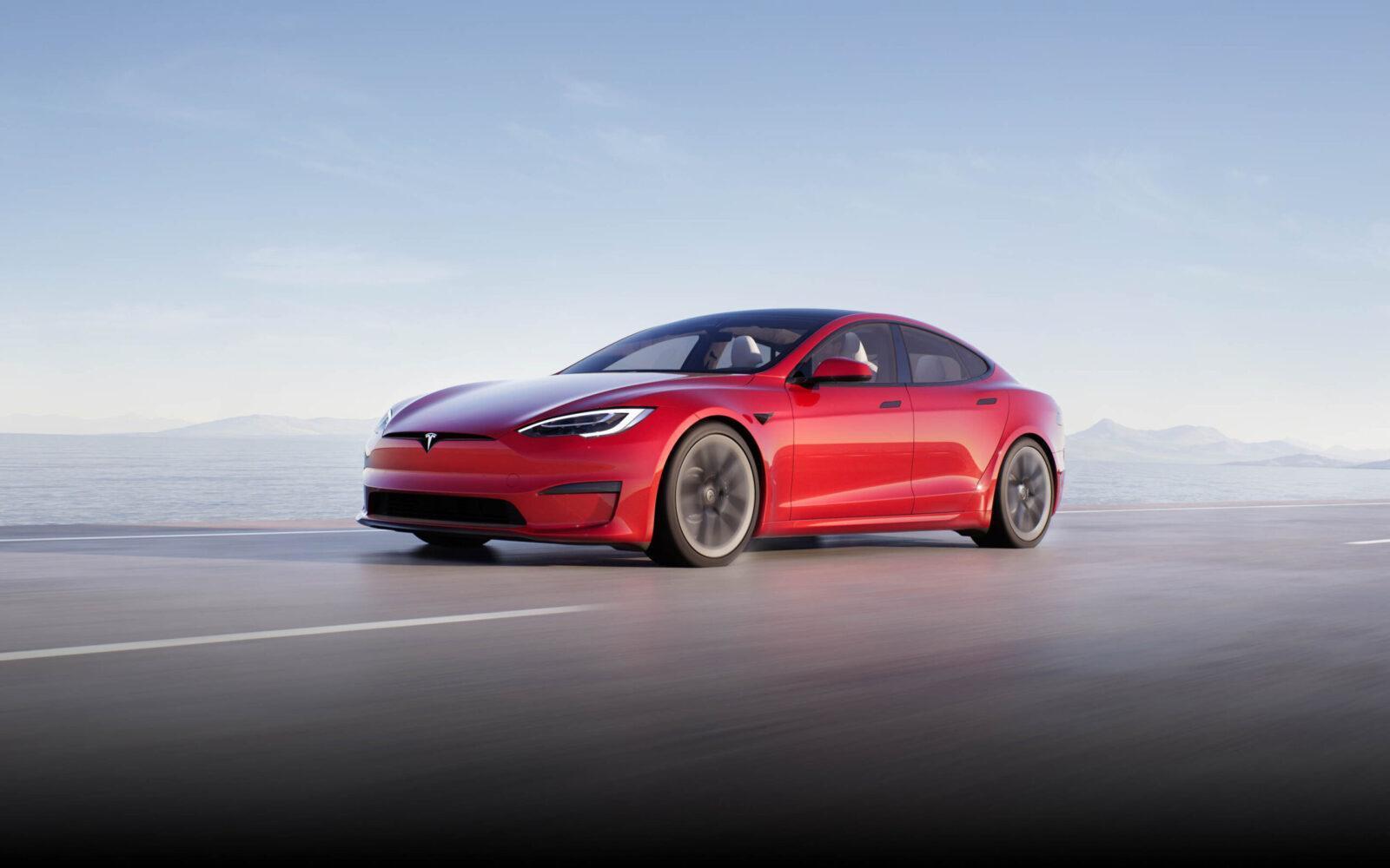 Tesla запускает подписку на полный автопилот (tesla model s scaled)