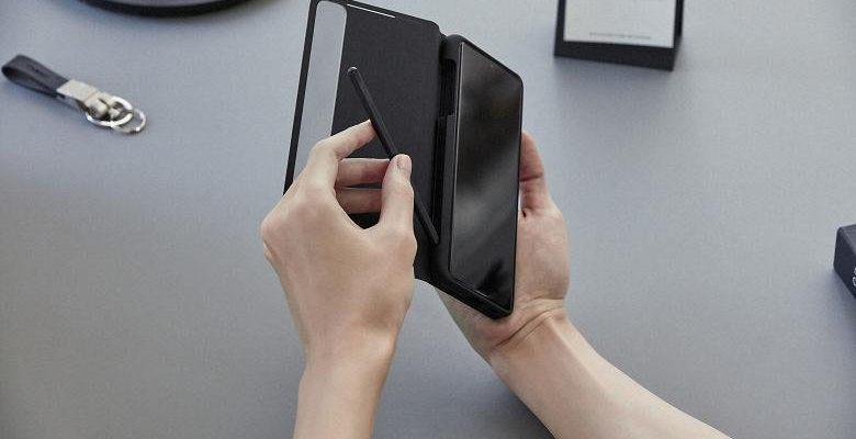 В Сеть утекли подробности о Samsung S Pen Pro (08 galaxys21 ultra handson spen cover 201230064723 large)
