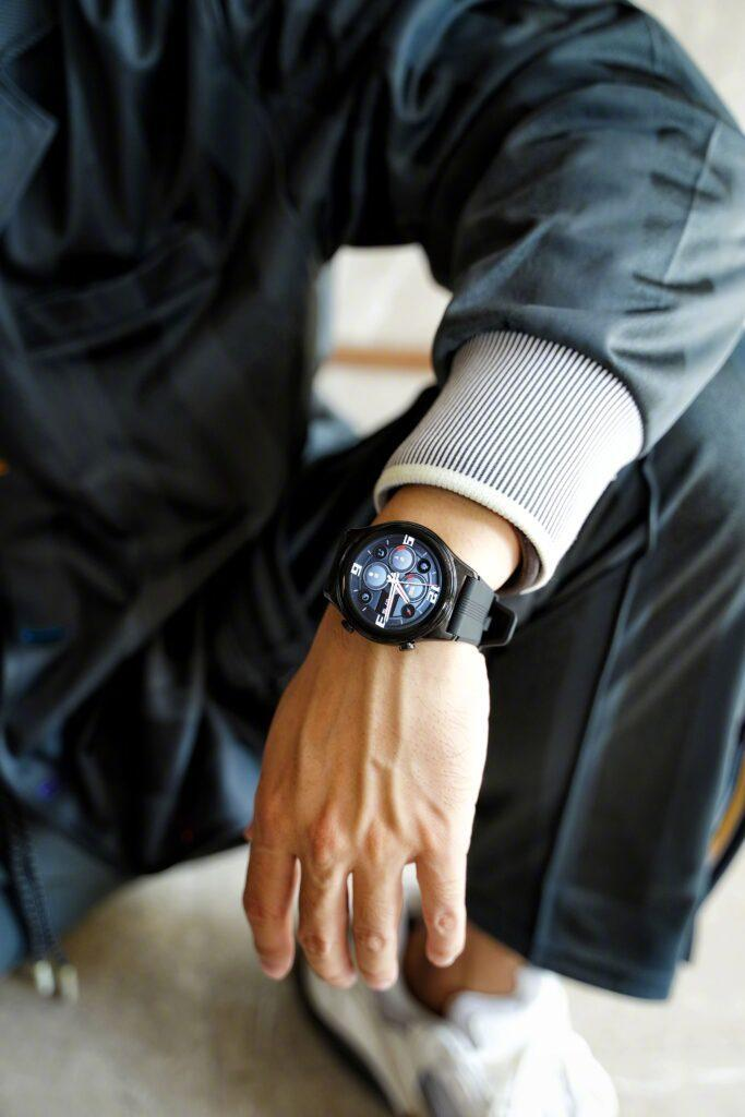 Умные часы Honor Watch GS3 впервые показали на живых фотографиях (5 1)