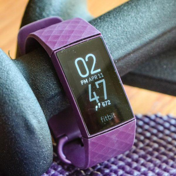 Фитнес-браслет Fitbit Charge 5 впервые показали на рендерах (hero image.fill .size 1248x702.v1614274333)