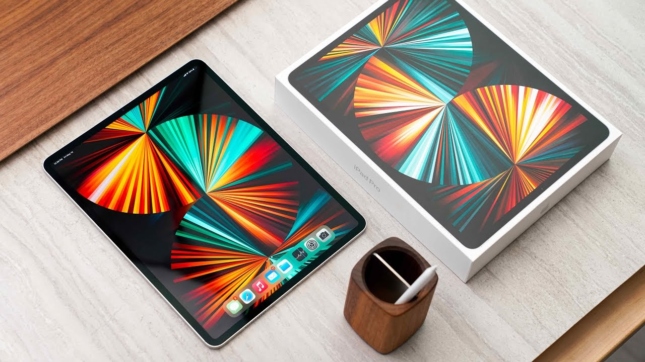 Apple может представить сегодня iPad 9 (002)