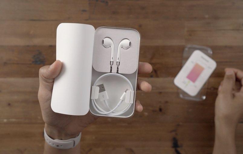 Бразилия оштрафует Apple за отсутствие зарядного устройства в комплекте iPhone 13 (11C8DD8A EDBE 4812 B8BC 5C0A84D33723)