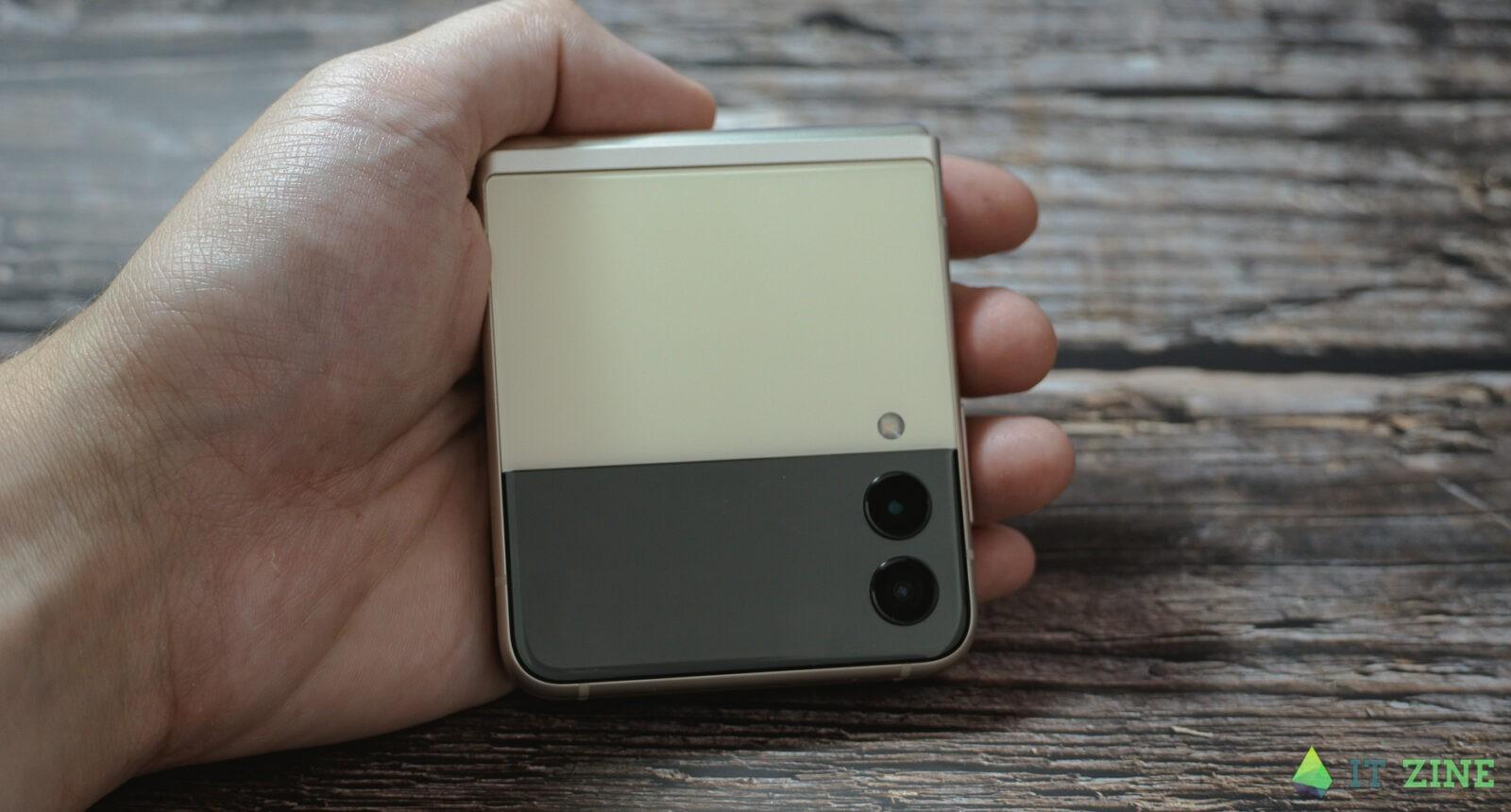 Обзор Samsung Galaxy Z Flip 3: складной смартфон для стильных (Samsung Galaxy Z Flip3 02)