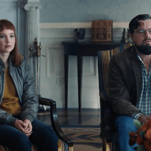 """Netflix выпустил новый трейлер фильма """"Не смотрите вверх"""" (Screenshot 2021 09 08 at 15.08.40)"""