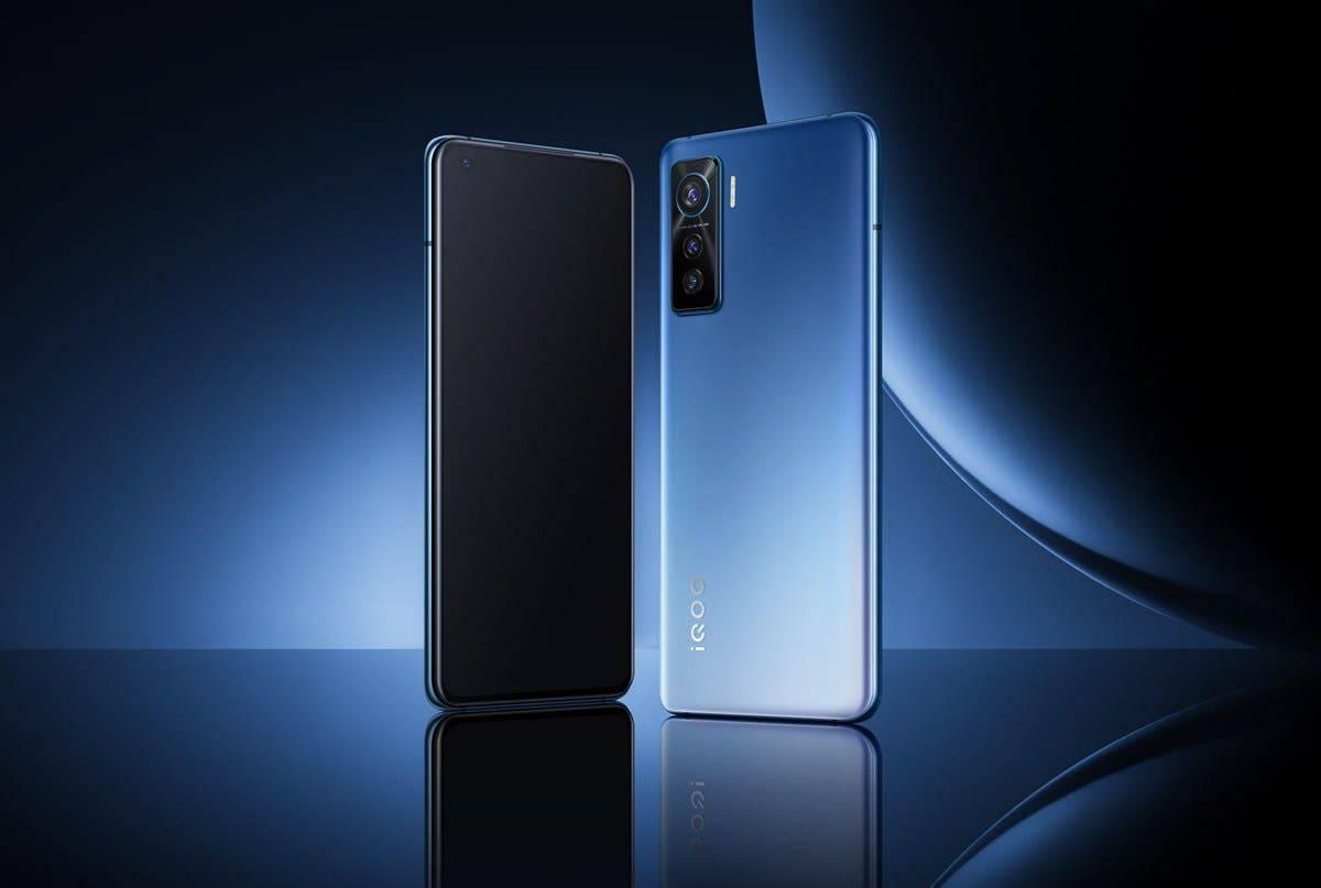 Смартфон iQOO Z5 представят 23 сентября (iQoo Z5 Pro Google Play Console)