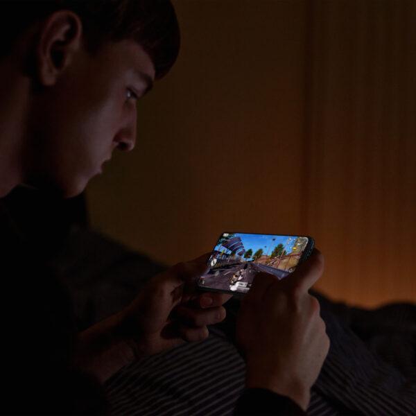 OPPO представила смартфон Reno6 c уникальными функциями портретного видео (oppo reno6 eye protection)