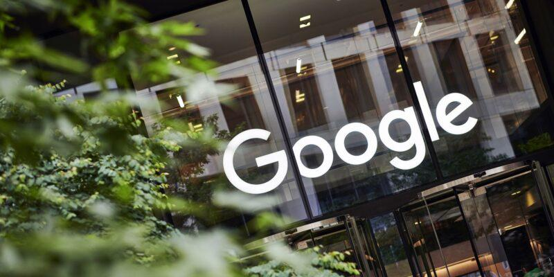 Google и YouTube запретят рекламу и монетизацию контента, отрицающего климатические проблемы (1633629464551)