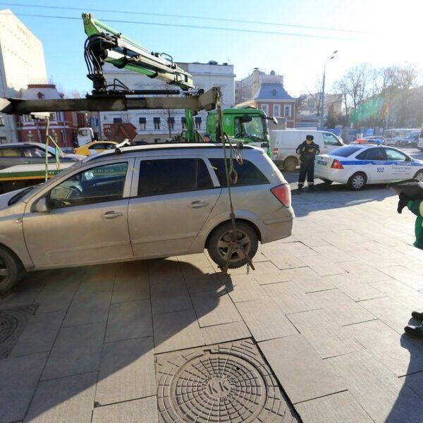 Автомобилисты увеличили траты на парковку и стали чаще платить штрафы (5 bee32b8a d 850)
