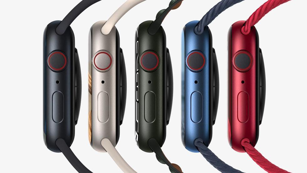 Новые Apple Watch series 7 поступят в продажу 15 октября (Apple watch series7 availability aluminum 10052021 big carousel.jpg.large)
