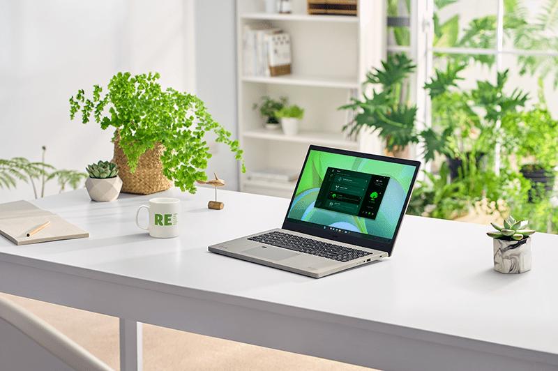 Acer расширила линейку экологически чистых продуктов Vero (Aspire Vero AV15 51 lifestyle 02)