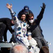 Российская съемочная группа благополучно вернулась на Землю после 12 дней съемок на МКС (Astronauts returned to Earth after about seven months in the)