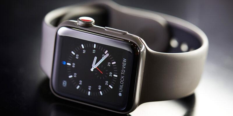 В Apple Watch Series 8 могут увеличить дисплей (apw4 2)