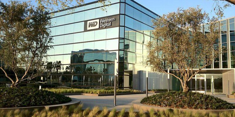 Western Digital обновляет серию WD Blue SSD SN570 DRAM-less NVMe SSD (western digital office)